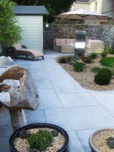 silver-grey-900x600x20-tiles-in-garden-patio