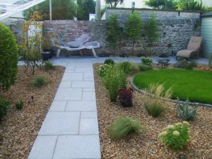 silver-grey-900x600x20-tiles-laid-in-garden-path